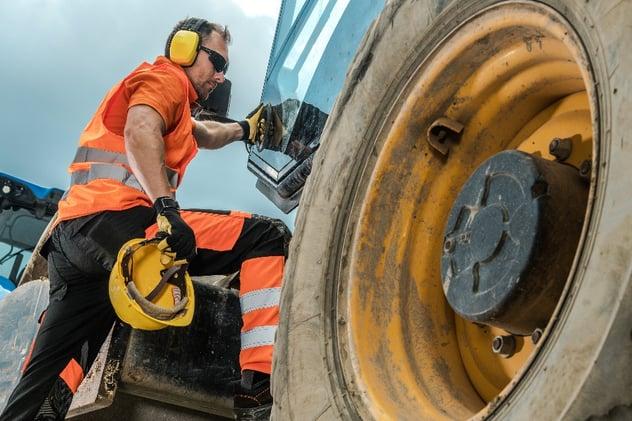 struck by blog - construction-equipment-operator-BDZK6HP-1